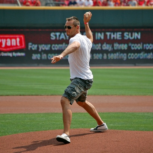 rich_franklin_first_pitch.jpg