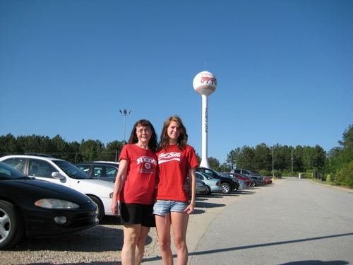 Mudcats Zebulon NC Wanda and Carolyn Shinn May 2010.JPG