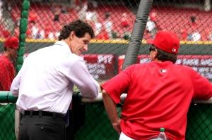 """Yeah, Roberto friggin Kelly.  Can you believe it?!"""