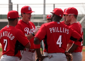 Hitting coach Don Long speaks with Dat Group of Reds