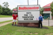 VoteReds Tire Discounters 2
