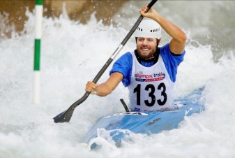 Tyler Holt, Kayak
